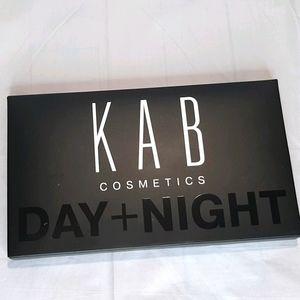 🏷 NEW KAB COSMETICS DAY + NIGHT EYESHADOW PALETTE